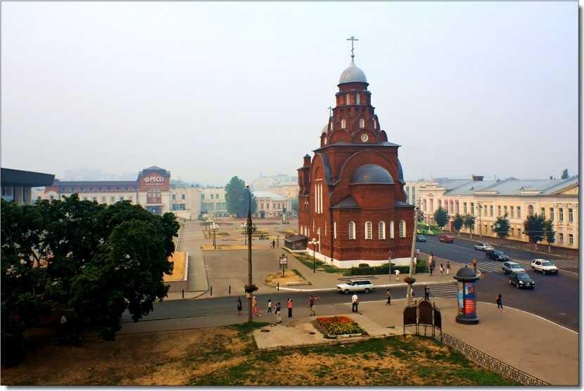 Владимир. Троицкая старообрядческая церковь. В настоящее время - Музей хрусталя